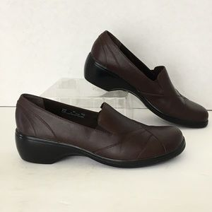 Clarks Loafers Shoes Soft  Brown Leather 8M
